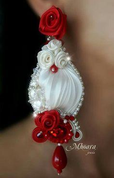 Embroidery Silk Ribbon ' Andalusia ' shibori silk earrings designed by Mhoara Jewels Ribbon Jewelry, Diy Jewelry Necklace, Soutache Jewelry, Fabric Jewelry, Beaded Jewelry, Earrings, Shibori, Kanzashi Flowers, Diy Ribbon