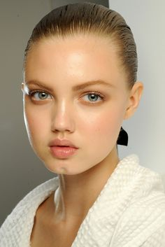 Lindsey Wixson, I always thought she's ugly.. I really didn't like her and couldn't understand why she's a model. But after I watched some of her videos I found she's really lovely and pretty. Now I like her! I think she's very lovable person. Not ugly anymore.. dayum you look attractive to me ;)