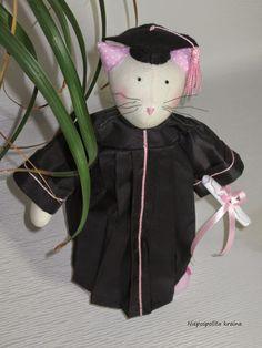 Kotka w czarnej todze :)