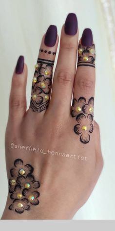 Hena Designs, Unique Mehndi Designs, Beautiful Henna Designs, Simple Mehndi Designs, Henna Tattoo Designs, Mehndi Art, Henna Mehndi, Henna Art, Hand Henna