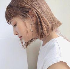 Japanese Hairstyle Pin By Medium Hair Styles, Short Hair Styles, Natural Hair Styles, Bob Hair Color, Hair Arrange, Shoulder Hair, Japanese Hairstyle, Girl Short Hair, Short Bob Hairstyles