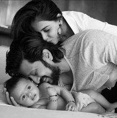 We bet this is the best news that you would have heard today! Bollywood's cutest couple, Riteish Deshmukh and Genelia Deshmukh have become parents again! Great news, isn't it?
