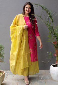 Best 12 Ethnic wear – Page 399272323216505114 – SkillOfKing. Silk Kurti Designs, Churidar Designs, Kurta Designs Women, Kurti Designs Party Wear, Blouse Designs, Indian Wedding Outfits, Indian Outfits, Pakistani Dresses, Indian Dresses