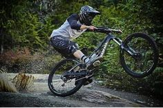 Find the best mountain bike brakes for downhill riding and trail riding. Best professional and top budget downhill mountain bike brakes for riding in Downhill Bike, Mtb Bike, Cycling Bikes, Road Bikes, Best Mountain Bikes, Mountain Biking, Cross Country Bike, Mongoose Mountain Bike, Santa Cruz