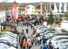 Der Frühling wird in Fehring mit großem Fest begrüßt Austria, Times Square, Street View, Travel, Viajes, Destinations, Traveling, Trips