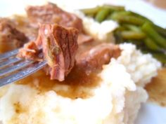 Slow-Cooked Herbed Beef and Potatoes | Tammy's Recipes