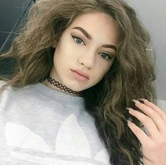 Dytto, Fall Hair Colors, Robin, Curls, Beautiful People, Makeup Looks, Barbie, Selfie, Hair Styles
