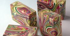 It's official -- I love, love, love the spin swirl!   I first saw it on YouTube  last year, and tried my hand at it in another challenge , b...