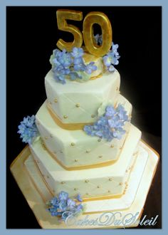"""~ Sugar Teachers ~ Cake Decorating and Sugar Art Tutorials: A """"Stress-Free"""" approach for Stacking and Delivering Tiered Cakes!"""