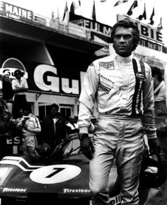 Steve McQueen in Gulf Porsche. Could that outfit be any cooler?
