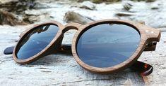 Wie gefällt euch unsere neue Walnussholz Sonnenbrille? Finde dein Lieblingsstück in unserem Online-Shop. Shops, Glasses, News, Eyeglasses, Women's, Eyewear, Tents, Retail, Eye Glasses