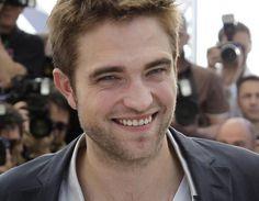 Robert diz que ficou muito surpreso quando pediram autógrafo para o fofo pela primeira vez