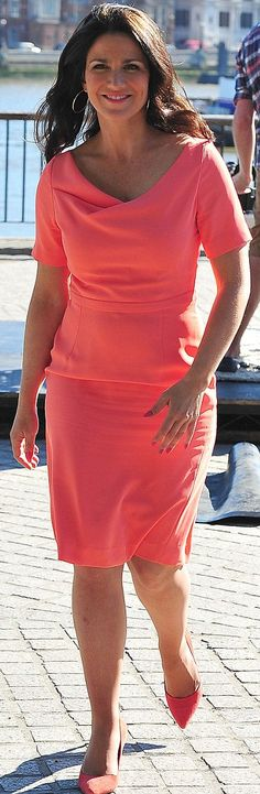 Susanna Reid wore a Fee G coral shift dress. #Celebrity #StreetStyle