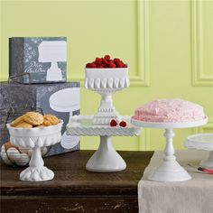 Rosanna Decor Bon Bon White Footed Square Cake Stand