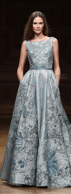 Tony Ward Fall-winter 2014-2015. #HauteCouture