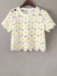 Daisy Pattern Embroidery Round Neck Short Sleeve T-Shirt - White One Size(fit Size Xs To M)