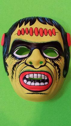 Monster Mash - Vintage Frankenstein Monster Mask 90s Halloween Costumes, Halloween Items, Halloween Patterns, Halloween Photos, Halloween Horror, Halloween Masks, Holidays Halloween, Halloween Fun, Monster Mask