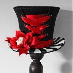 Cunene Goth Corset Flower Skull Mini Top Hat by cunene on Etsy
