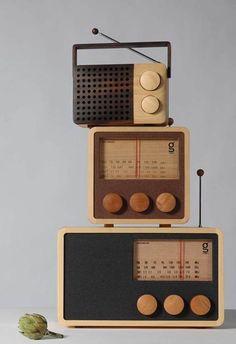 Magno retro wooden radios