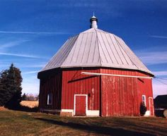 Round Barn - East of Baraboo  4680 Rocky Point Rd. Sauk Co - WI