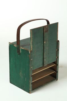 sold for Pennsylvania, century, pine. Box with sliding front panel and interior shelves. Green over ivory paint. Be great to keep your threads in. Primitive Kitchen, Primitive Antiques, Country Primitive, Antique Paint, Or Antique, Wood Projects, Woodworking Projects, Pie Carrier, Ivory Paint