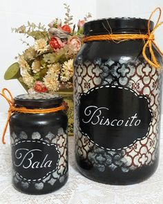 Recycled Jars, Recycled Glass Bottles, Glass Jars, Mason Jar Kitchen, Mason Jars, Decor Crafts, Diy And Crafts, Decoupage Vintage, Painted Jars