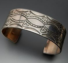 Native American Navajo Fetish Stamp Work Bears Sterling Silver Wide Cu – Gold Stream Boutique