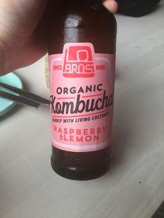 Organic Kombucha drinks packaging – Pin to pin Organic Packaging, Juice Packaging, Vintage Packaging, Beverage Packaging, Bottle Packaging, Kombucha Drink, Kombucha Bottles, Organic Kombucha, Kombucha Brands