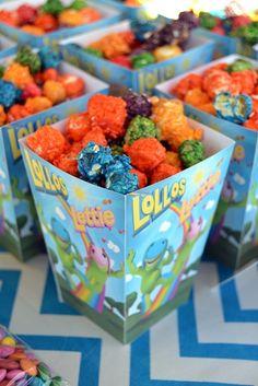 Rainbow Popcorn in Lollos Popcorn Boxes