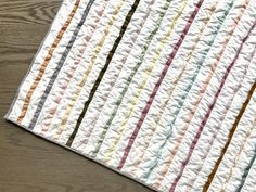Playtime Quilt, a free modern quilt pattern and tutorial Beginner Quilt Patterns, Modern Quilt Patterns, Quilting For Beginners, Quilt Patterns Free, Quilts, Sewing, Diy, Decor, Do It Yourself