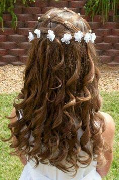 Cool hairdos for flower girls