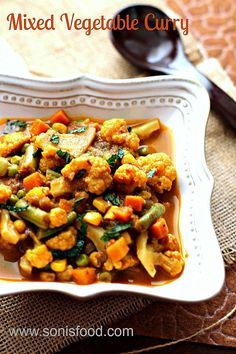Mixed Vegetable Curry by @sonisfood | #veggies #vegetable #curry