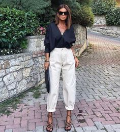 Spring Fashion Tips .Spring Fashion Tips Classy Outfits, Chic Outfits, Summer Outfits, Fashion Outfits, Fashion Tips, Fashion Trends, Fashion Quiz, Casual Work Outfits, Fashion Bloggers