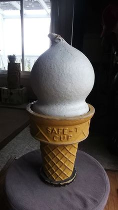 LARGE VINTAGE ADVERTISING PAPER-MACHE SAFE-T CUP ICE CREAM CONE STORE DISPLAY #safetcup Ice Cream, Plastic, Vintage, No Churn Ice Cream, Icecream Craft, Vintage Comics, Ice, Gelato