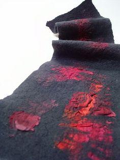 PDF Tutorial Felted wool scarf using Nuno felting technique in English Needle Felted, Nuno Felting, Felted Wool, Nuno Felt Scarf, Wool Scarf, Felted Scarf, Fabric Art, Fabric Crafts, Yarn Crafts