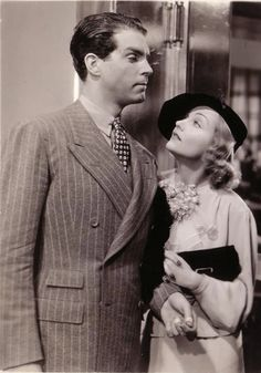 Carole Lombard and Fred MacMurray, Hands Across the Table