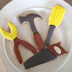 Tool shaped sugar cookies for a boys birthday party! Yummy & cute!!