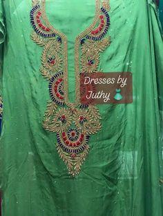 Zardozi Embroidery, Embroidery Patterns, Hand Embroidery, Pink Kurti, Salwar Kameez, Designer Dresses, Sanjeev Kumar, Shirt Designs, Silk