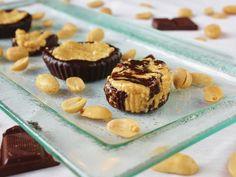 This Rawsome Vegan Life: peanut butter cups... gone wild!