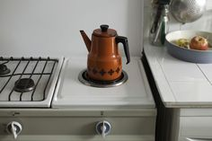 Sluggish coffee maker? Learn how to clean your brewer with vinegar