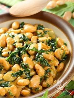 fresh bean salad w/ spinach Vegetarian Recipes, Cooking Recipes, Healthy Recipes, Italy Food, Bean Salad, Spinach Salad, Italian Recipes, Good Food, Food And Drink