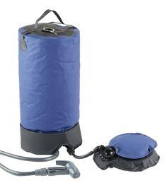 douche solaire camping camp du randonneur a pression 8 litres vert fonce quechua f tes. Black Bedroom Furniture Sets. Home Design Ideas