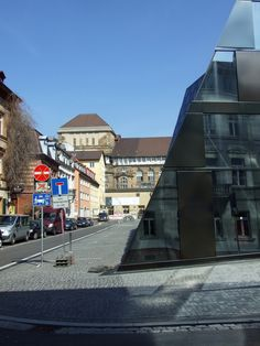 Freiburg: Kontrast alt neu