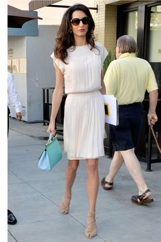What: Breezy dress with Dolce & Gabbana bag When: October 22, 2015 Where: Out to lunch in Beverly Hills   - HarpersBAZAAR.com