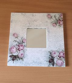ayna Decoupage Tutorial, Decoupage Box, Creative Crafts, Diy And Crafts, Paper Crafts, Painting On Wood, Tole Painting, Mirrored Picture Frames, Craft Projects