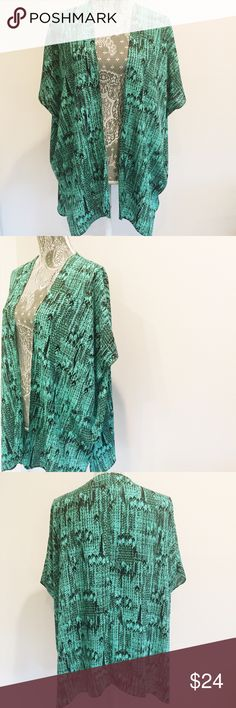 Print Kimono Like new condition. 100% polyester. Wear as a swimsuit cover up or on a night out! Soprano Tops Blouses