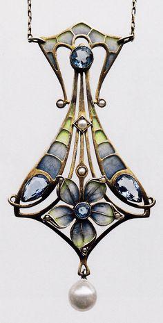 A Jugendstil silver gilt, aquamarine, pearl and plique-à-jour enamel. Source: Jugendstil Schmuck aus Pforzheim, by Fritz Falk. #Jugendstil #ArtNouveau #pendant