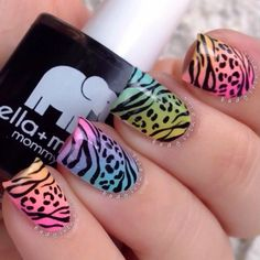 🎥Tutorial up now on ✨ 🐯Wild print for the weekend💖 Hand painted using my Pure Color 01 brush from this might be a bit much for the average person, but I say fuck being average😉✌️ Crazy Nail Designs, Different Nail Designs, Diy Nail Designs, Cheetah Nail Art, Leopard Print Nails, Crazy Nail Art, Crazy Nails, Gel Nails, Manicure