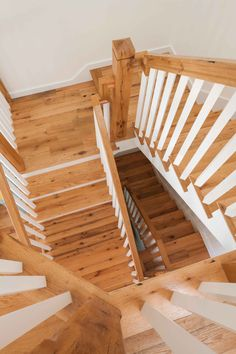 Reclaimed Red & White Oak Stairs