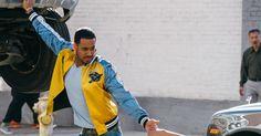 """http://ift.tt/2lQBLDQ http://ift.tt/2lL8VJ2  Después de tres años el Rey de la bachata lanza su nuevo sencillo y video """"Héroe Favorito"""".  El video para esta canción fue filmado en la ciudad de Los Ángeles y cuenta con una historia de película. Terminó la espera el múltiples veces galardonado artista Romeo Santos lanza su nuevo tema Héroe Favorito y su video simultáneamente. Una canción muy contagiosa con el sello distintivo del afamado compositor. En dicho sencillo Santos hace una similitud…"""